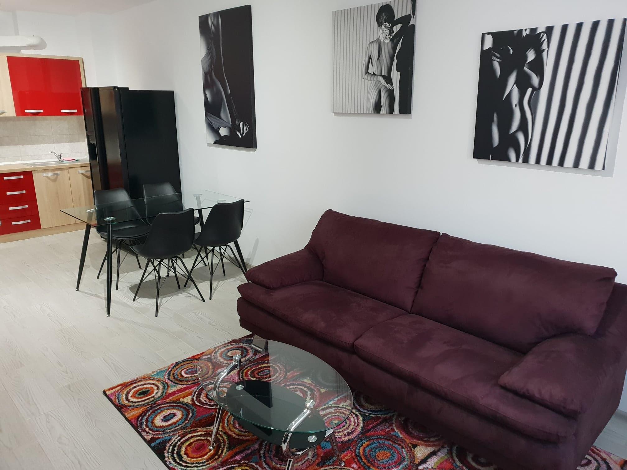 Apartament de inchiriat etajul 4, Prima Universitatii -AP0795