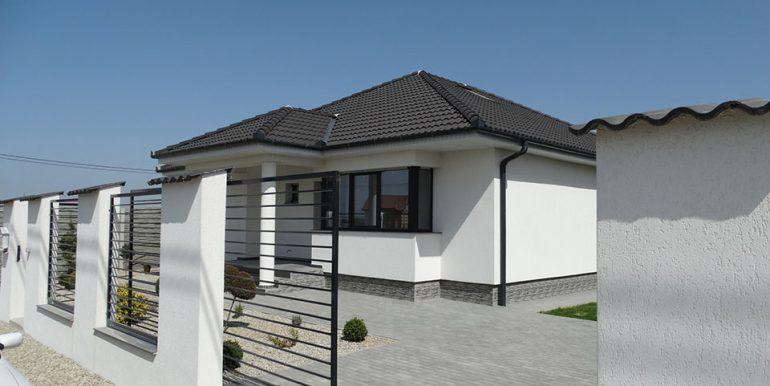 casa noua 4 camere de vanzare cart. Grigorescu CV0102-01