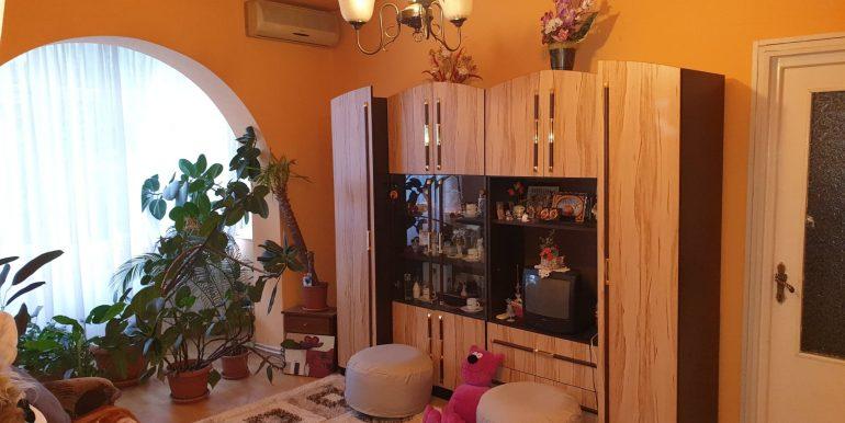Apartament 3 camere de vanzare, str. Aluminei, Oradea AP0863 - 09