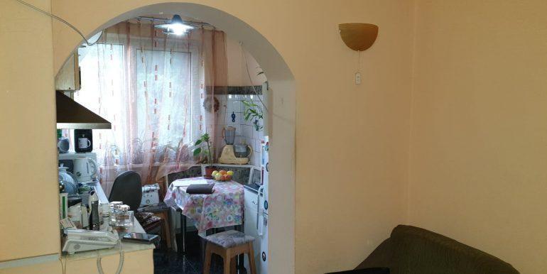 Apartament 3 camere de vanzare, str. Aluminei, Oradea AP0863 - 11