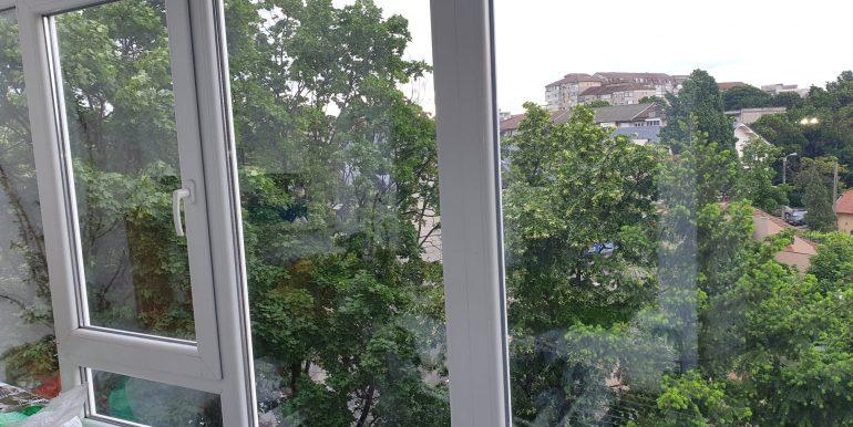 Apartament 3 camere de vanzare, str. Aluminei, Oradea AP0863 - 12