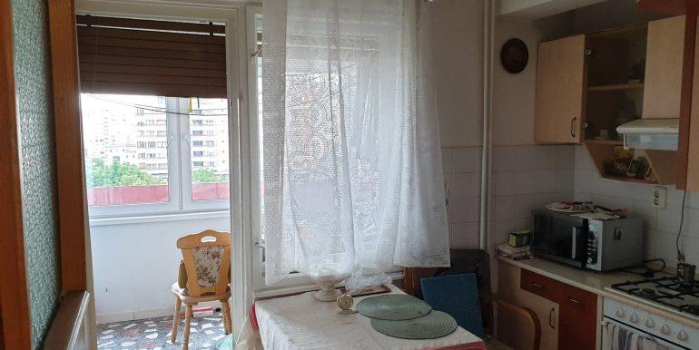 Apartament 3 camere de vanzare, centru civic, Oradea AP0867 - 15